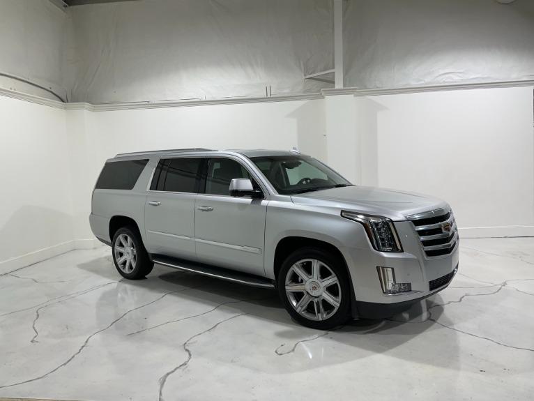 Used-2019-Cadillac-Escalade-ESV-Premium