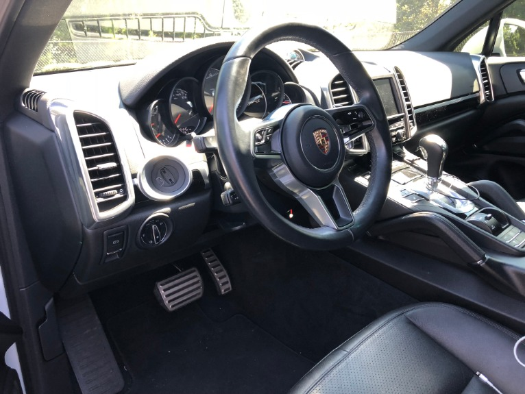Used-2017-Porsche-Cayenne-S-RS