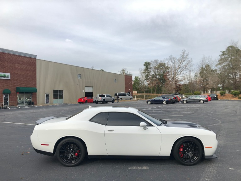 Used-2016-Dodge-Challenger-SRT-Hellcat-RS
