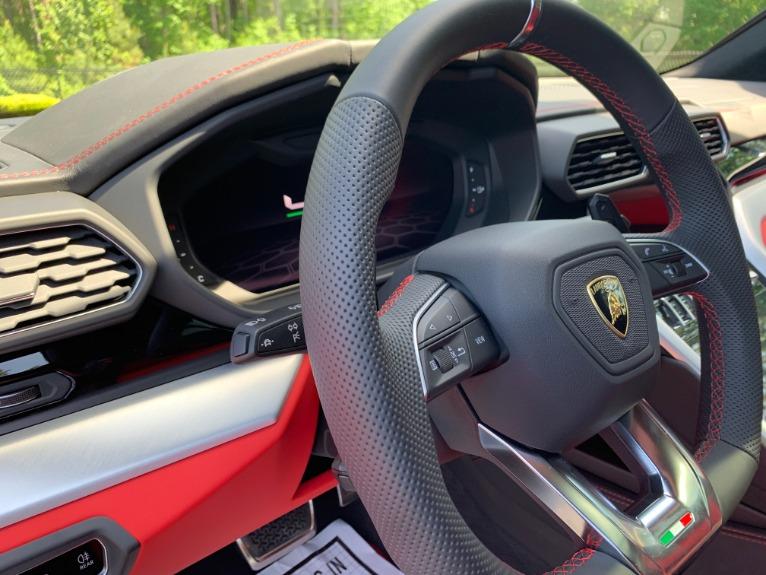 Used-2020-Lamborghini-Urus-RS