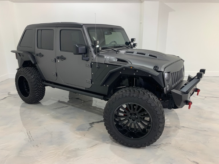 Used-2019-Jeep-Wrangler-Rubicon-JK-RS