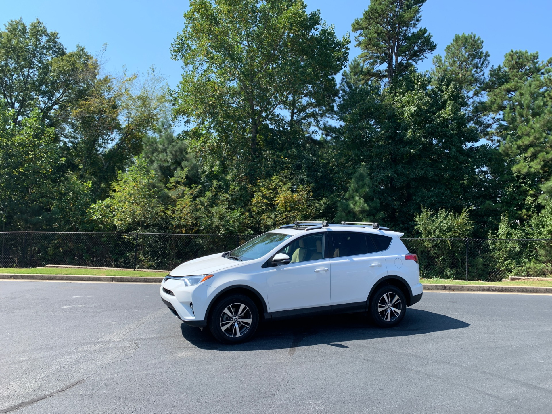 Used 2018 Toyota RAV4 XLE  | Peachtree City, GA