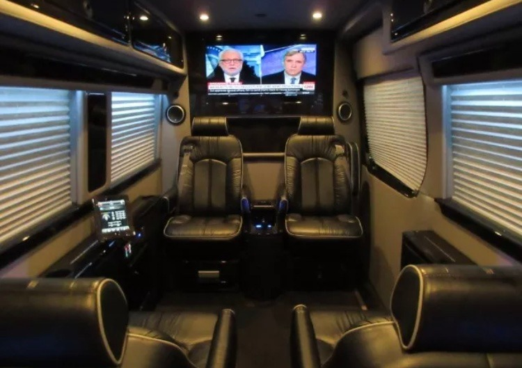 Used-2017-Mercedes-Benz-Sprinter-170-MIDWEST-RS