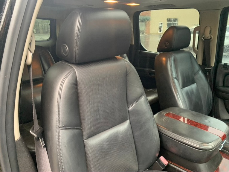 Used-2008-Cadillac-Escalade-ESV