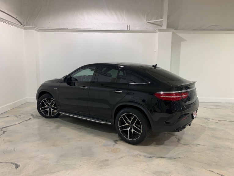 Used-2019-Mercedes-Benz-GLE43