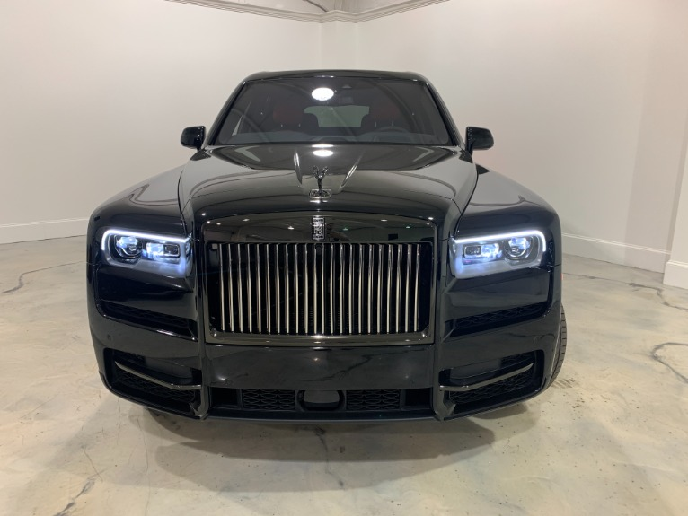 New-2020-Rolls-Royce-Cullinan-BLACK-BADGE